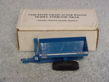 1/64 KINZE 840 TRACK GRAIN CART NIB