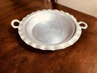 Vintage Everlast Forged Aluminum Serving Dish W/ Handles Flowers  Pie Dish