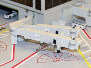 GeminiJets ARBDG2 Airbridge Set #2 with 3 Double Widebody Bridges 1/400 Scale