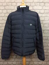 FRED PERRY da UOMO UK XL Blu Navy Cappotto A Collo Alto BOLLE Casual Designer Rrp £ 140