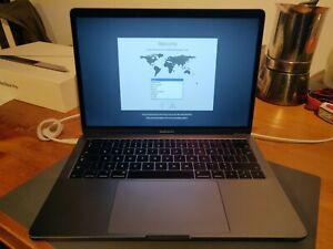 Apple MacBook Pro MPXQ2B/A Intel Core i5 7th Gen 13.3 in 1TB* 8GB RAM  - Gray