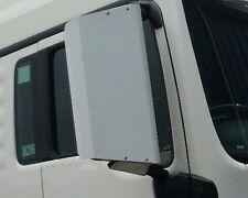 131 IVECO STRALIS EUROCARGO TRAKKER 2007 onwards  mirror guards  pair WHITE
