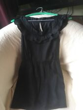 BNWT LADIES UNUSUAL SIZE 12 BLACK SLEEVLESS TOP WITH RUFFLE NECK DESIGN
