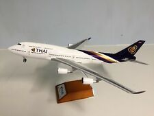 JC Wings 1:200 Boeing 747-400 Thai HS-TGG Ref: XX2410 (with stand)