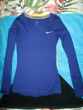 NIKE PRO BLUE V-NECK LONG SLEEVE WITH THUMB HOLE TOP SIZE XS