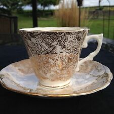 COLCLOUGH GOLD CHINZ/FILIGREE TEACUP AND SAUCER GIFT FOR HER