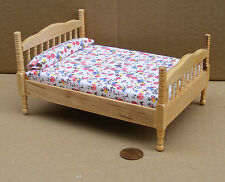 1:12 Scale Pine Coloured Double Bed Tumdee Dolls House Miniature Bedroom DF1487