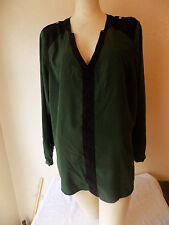 Vince Camuto Black And Green V-Neck Long Sleeve Top  Size 1X