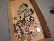 Heroscape LOT OF MISCELLANEOUS DICE WALLS AND PIECES GREAT SHAPE
