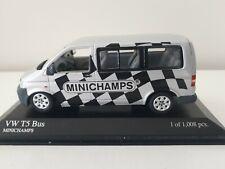 MINICHAMPS TRANSPORTEUR VW T5 SERVICE COMPETITION 2003