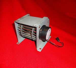 Apple LaserWriter II Squirrel Cage Fan 23.3 VDC CFL-010-4A Toshiba pn RH 7-1074