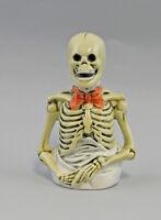 9959507 Porzellan Briefbeschwerer Skelett Ens 8x17cm