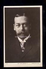 r3363 - Royalty - H.M. King George V portrait, photo by E.M.Mills - postcard