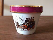 Petit pot de Fleurs Porcelaine de Limoges Motif Calèche