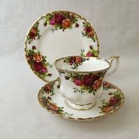 Royal Albert Old Country Roses Tea Trio Cup Saucer Plate Excellent Condition