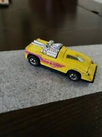 1980 Hot Wheels Hot Wheels Cannonade Car #1691 Hong Kong (Hot Ones 1/64 Yellow)