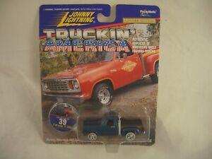 JOHNNY LIGHTNING Truckin' America 78' Li'l Red Express Limited Edition Die Cast