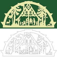 Schwibbogen-Vorlage: Waldhaus in der Weihnachtszeit mit Tieren des Waldes