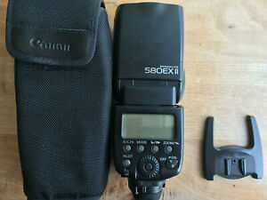 Canon Speedlite 580EX II Shoe Mount Flash vgc with case and stand