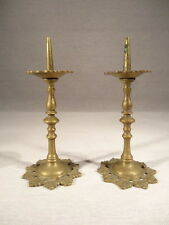 ANCIENNE PAIRE BOUGEOIRS ETONNANTS PIC CIERGES MINIATURE BRONZE STYLE LOUIS XIV