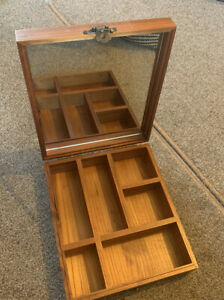 Percy Nobleman Wooden Grooming Box