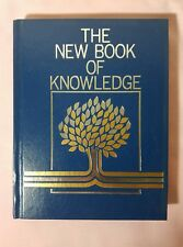 The New Book of Knowledge Annual 1986 (Hardcover)