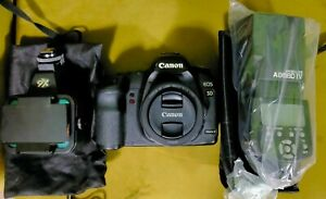 CANON 5D MKII BODY + 50mm EF f1.8 + Brand New Flash + Luxmen X6 Led Light MINT