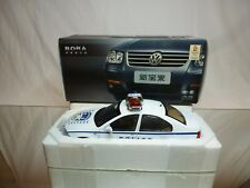 CHINA FAW VW VOLKSWAGEN BORA POLICE - BEIJING 2008- VERY RARE 1:18 EXCELLENT IB