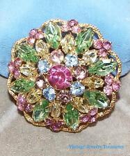 Vintage Weiss Pastel Glass Rhinestone Gold Tone Pin