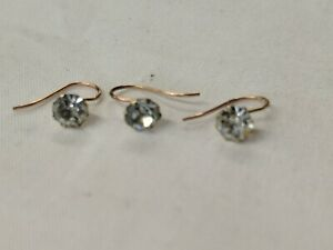 Vintage 9ct GOLD 4 mm Clear Round Brilliant  stone Claw Set  Bend Wire Stud