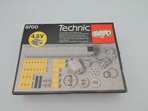 Lego Technic 8700 - Moteur électrique et accessoires - Complet - CIB