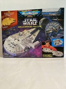 Galoob 1995 Micro Machines Star Wars Millennium Falcon Playset