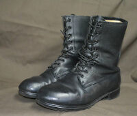 Used Canadian military combat boots size 8 1/2 ( z-37 )