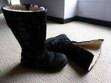 UGG Australia CARGO Boots Size UK 6.5 US 8 SHEEPSKIN Black Pocket