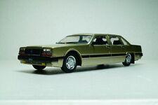 ZIL 4102 (1988) Limousine USSR Gold Scale 1:43 DeAgostini Diecast model car