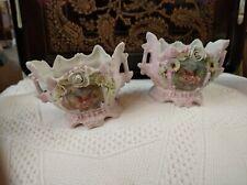 époque 1900 Porcelaine biscuit  Deux Petit vases ANGELOTS FLEURS