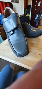 Mens Comfort Shoes Size 9 Grey