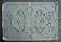 Collectible Set of 4 Vintage Beige/Cream Lace Placemats -  Flowers/Daisies