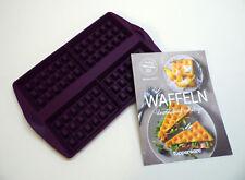 "TUPPERWARE Waffelform, NEU, Silikon + Rezeptbuch ""Waffeln"", LILA"