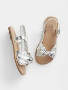 Baby Gap Girl's Metallic Silver Bow Sandal Shoes NWT Sz. Toddler 7