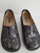 ALEGRIA BLUE AND GOLD SLIP ON SHOES EURO 36 SIZE 6 TO 6.5 LEATHER