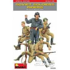Miniart 1 35 - Édition Spéciale des soldats Soviétiques