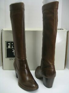 NEW Frye Women US 9.5 Rory Scrunchy Pull On Soft Brown Knee-High Leather Boots