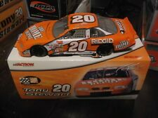2000 tony stewart 20 home depot 1 24th scale diecast