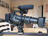 SONY NEX EA50 CAMCORDER SELP18200 with accesories [Read Full Description]