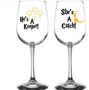 "Vinyl Decal Sticker Wine Glass ""HARRY POTTER HE'S A KEEPER SHE'S A CATCH X4"
