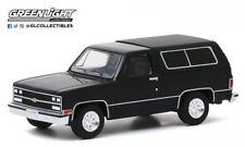 1:64 GREENLIGHT *BLACK* 1989 Chevrolet Blazer *NIP*