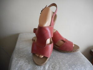 LADIES    NATURALIZER  SHOES (REESE) SIZE  US 10  (FREE POSTAGE)