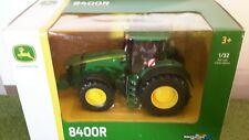 BRITAINS 43174 John Deere 8400R tracteur-détaillé Die-Cast Model Toy - 1:32