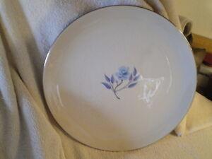"Flintridge China Dinner Plate, Vintage CA, Platinum Edge, ""Strata Rose Blue"""